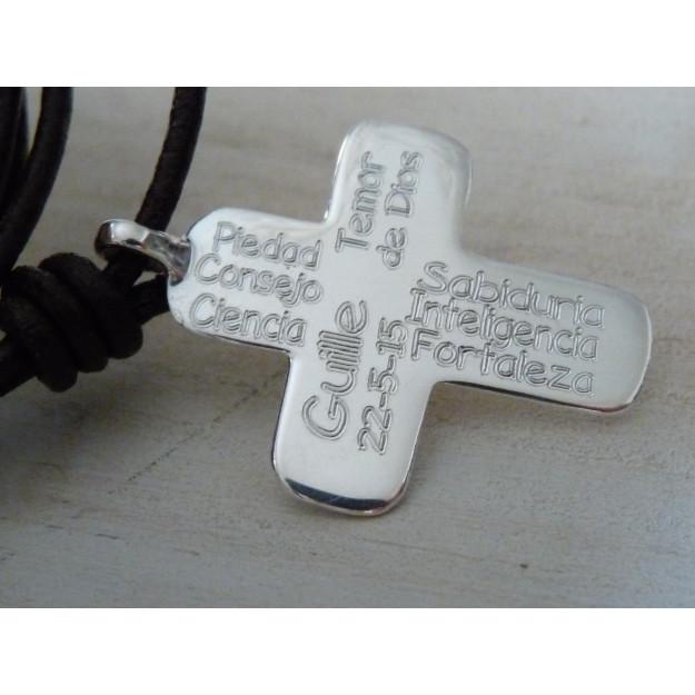 Collar cruz de plata con Sagrado Corazón