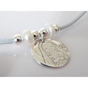 Medalla de la Virgen y Niño con flores ( medalla 2,3 cm )