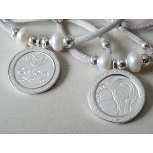 Medalla de la Virgen y Niño con bisel y angelito Perlas (medalla 2,5 cm)