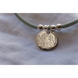 Medalla de la Virgen del Rosario y el Niño en Brazos ( medalla 1,6 cm )